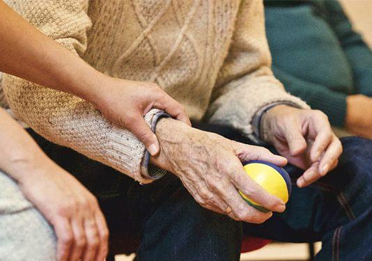 curso de cuidador de idosos gratuito online
