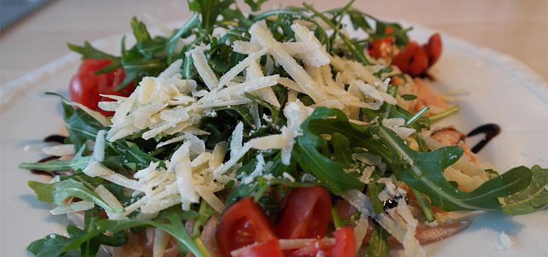 Benefícios da rúcula: para que serve esse vegetal?